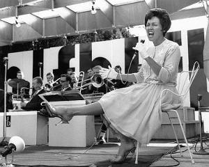 Anita O'Day Singing