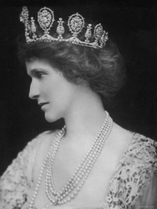 portrait-of-lady-nancy-astor