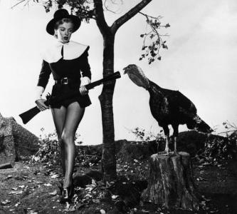 Marilyn+Monroe's+Thanksgiving+Photos+in+1950+(3)