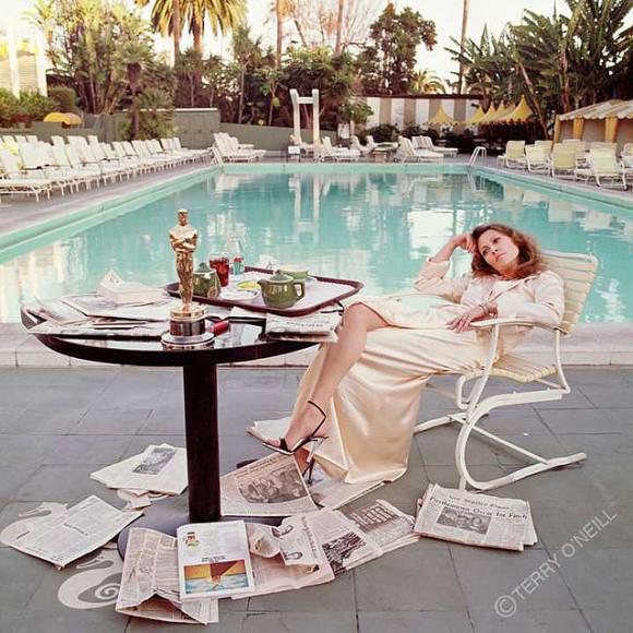 Faye Dunaway pool oscar